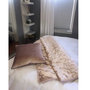 Hotel Collection - blush pink blanket/throw